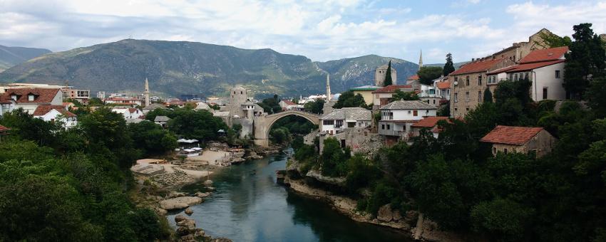 Unesco Weltkulturerbe: Die wieder aufgebaute alte Brücke von Mostar