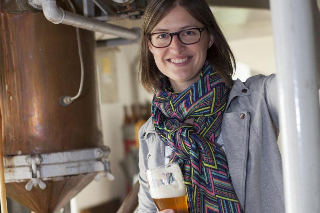 Fränkisches Bier Braumeisterin Yvonne Wernlein aus Trebgast in Oberfranken Brauerei Haberstumpf
