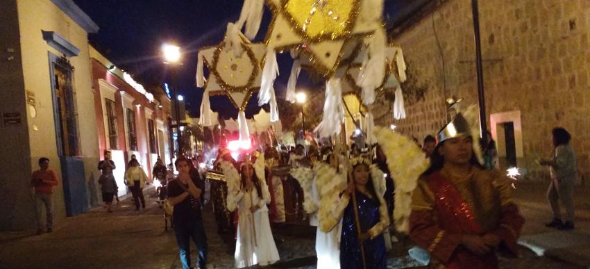 20180427_Oaxaca Posada Weihnachten Prozession (c) Jäger des verlorenen Schmatzes