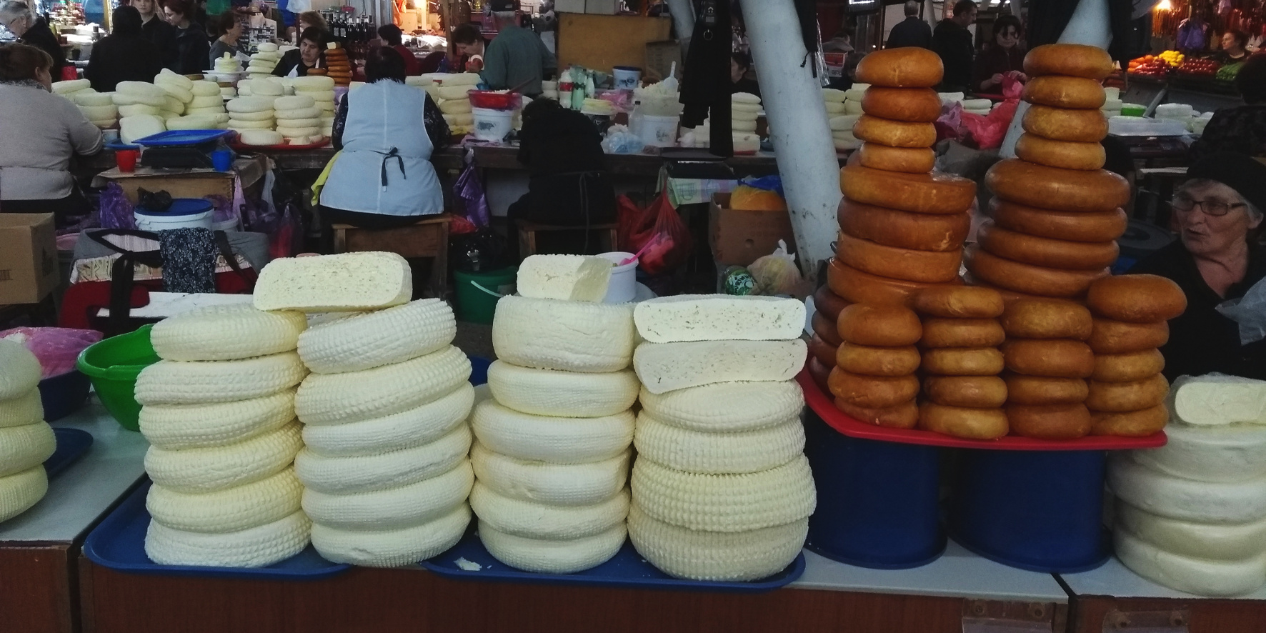Georgien Spezialität kulinarisches Souvenir Käse (c) www.JaegerDesVerlorenenSchmatzes.de