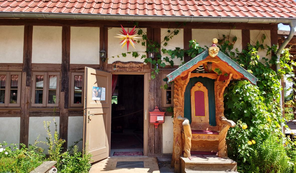 Hereinspaziert! Das Haus des Weihnachtsmanns kann ganzjährig besucht werden.